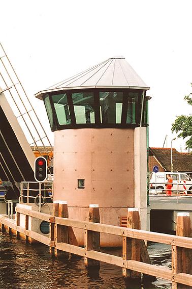 verticaal Brugwachtershuis Giethoorn, Sipma Architecten